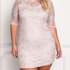 NEW - Floral Embroidered Lace Dress - Size XXL.